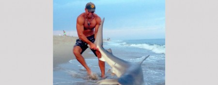 Man wrestles shark on Nantucket beach
