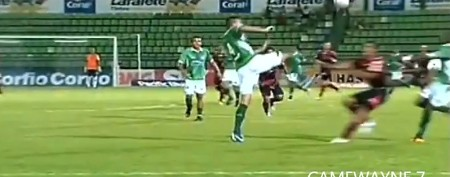 Flying soccer kick breaks opponent's face