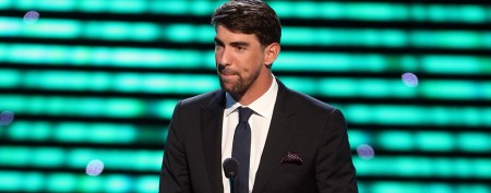 Michael Phelps takes familiar date to ESPYs