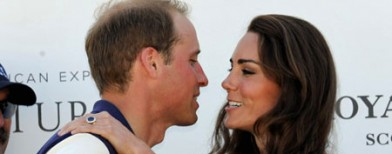 LIVE STREAMING: Royal baby is on the way!