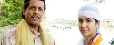 Spotted: Katrina Kaif visits Ajmer Sharif