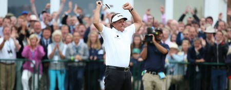 Mickelson wins British with brilliant finish