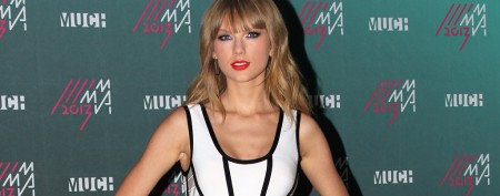 Taylor Swift leaves massive tip at restaurant