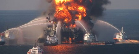 Halliburton to plead guilty over oil spill