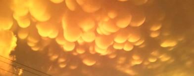 Caught on cam: Strange orange clouds