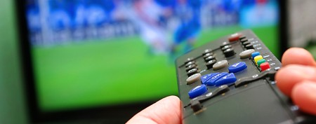 Surprising way to cut your cable bill (Thinkstock)