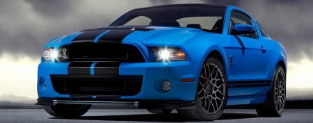 662-hp Shelby Mustang test drive. (Ford)