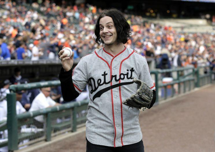 Jack White unveils surprise new single