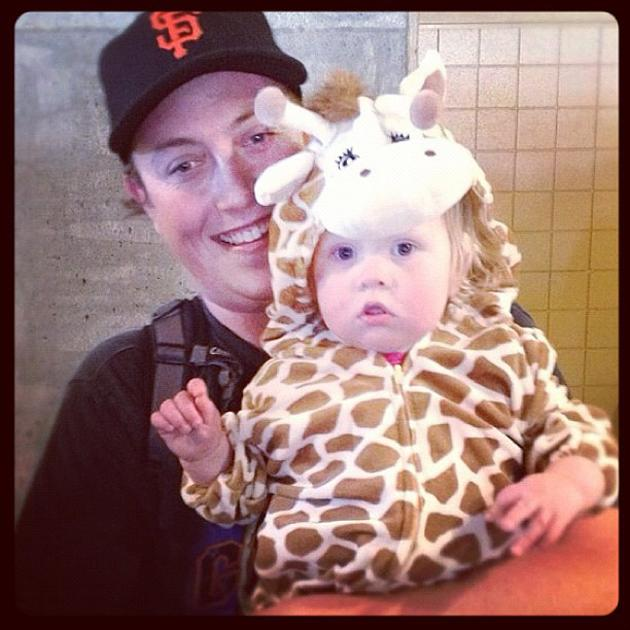 """The littlest Brandon Belt fan"" - @kevinkaduk #awww #giraffe #worldseries #giants"