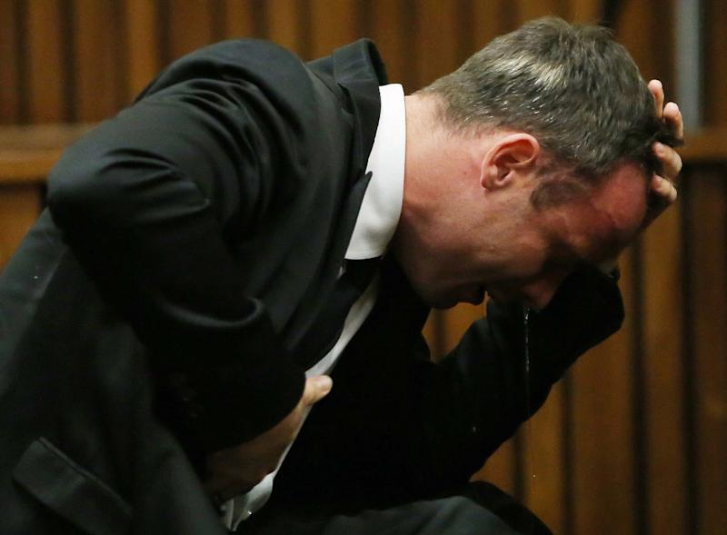 Defense gets its turn in Pistorius murder trial