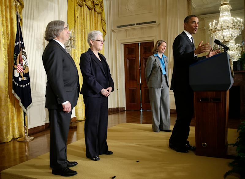 Obama nominates Wal-Mart's Burwell as budget chief