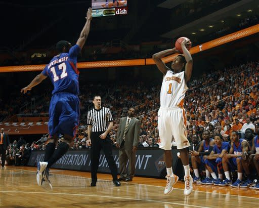 Tennessee beats Savannah St 65-51 in NIT 1st round