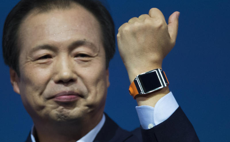 Review: Samsung watch blends style, tech wizardry