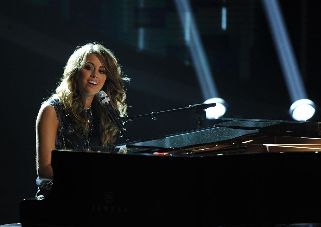 """Angie Miller performs """"Diamonds"""" on the Wednesday, May 1 episode of """"American Idol."""""""