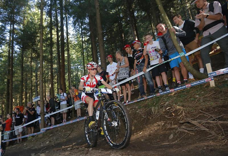 Canada's Catharine Pendrel competes on September 8, 2012 during the 2012 UCI Mountain Bike and Trials World Championships in Saalfelden
