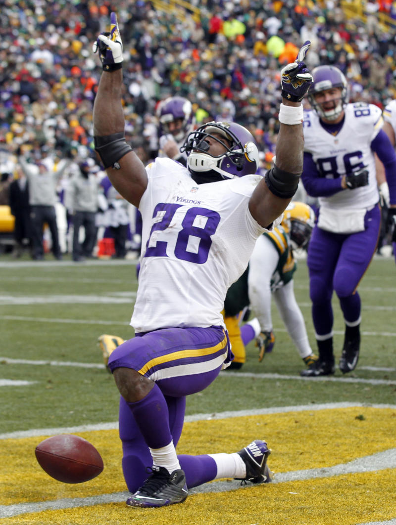 Vikings' Peterson returns, probable vs. Bears