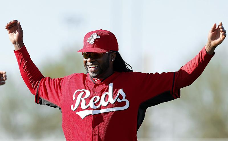 Johnny Cueto embraces role of Reds' ace