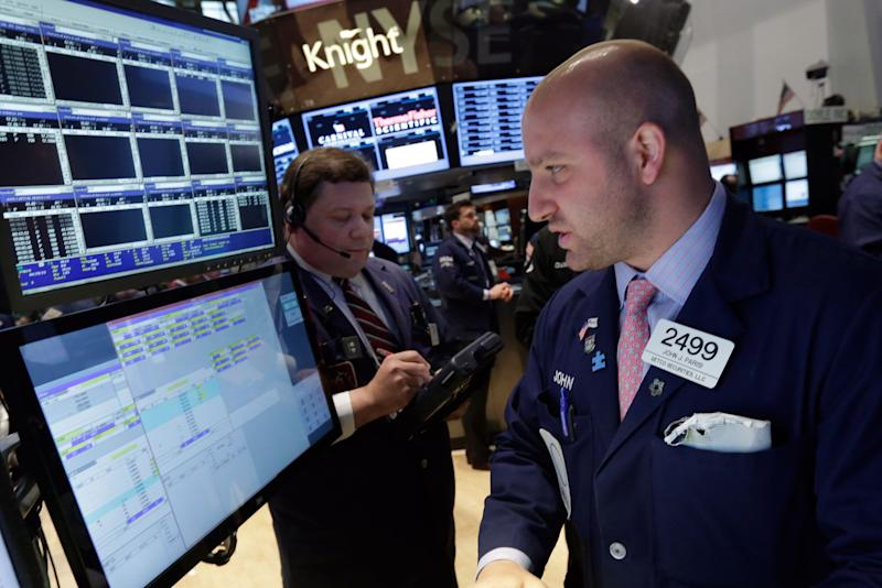 Stocks fall on more evidence of slowing economy