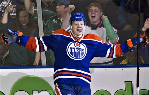 Eberle lifts Oilers to 3-2 win over Predators
