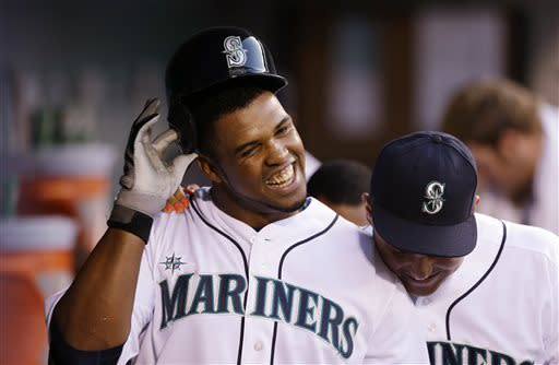 Peguero, Seager power Mariners over Angels, 6-0