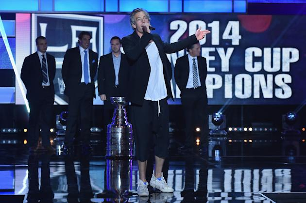 LAS VEGAS, NV - JUNE 24: Recording artist Matisyahu performs during the 2014 NHL Awards at the Encore Theater at Wynn Las Vegas on June 24, 2014 in Las Vegas, Nevada. (Photo by Ethan Miller/Getty Images)