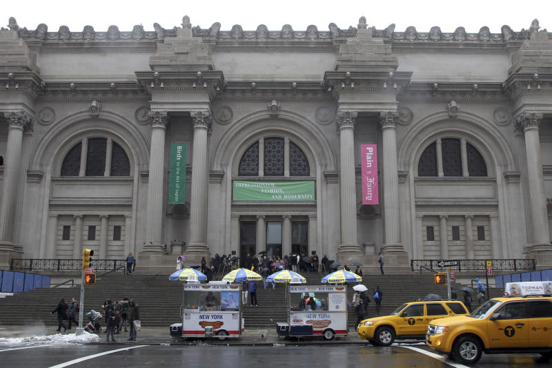 NYC's Met Museum accused of duping on fees