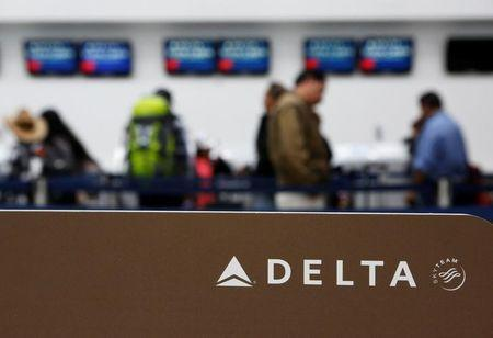 Delta turns to apartment-sharing service Airbnb for more business