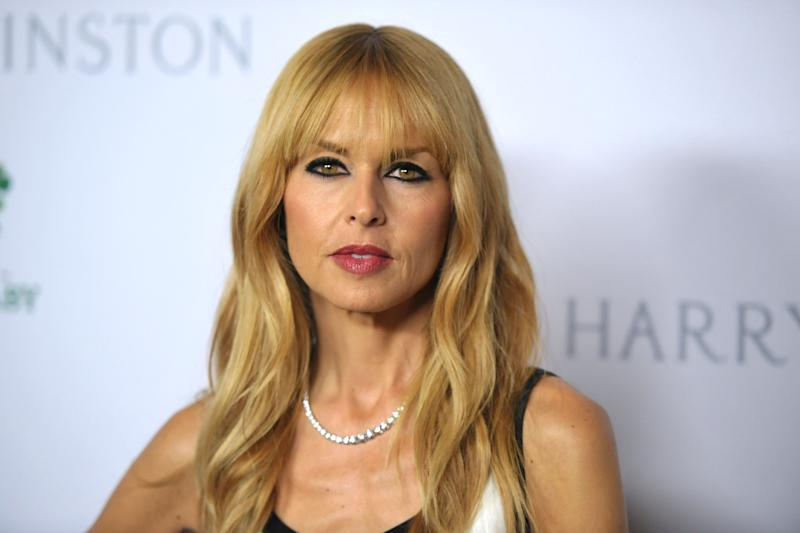 Rachel Zoe tries her hand at gift wrap