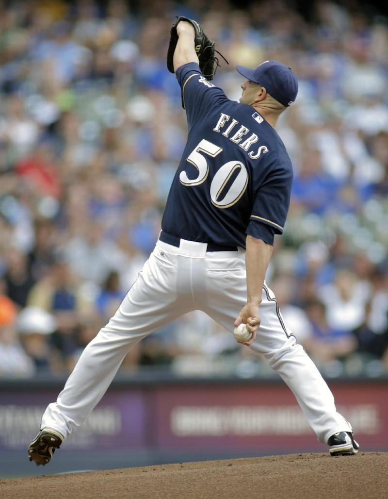 Fiers pitches gem, Brewers beat Dodgers 4-1