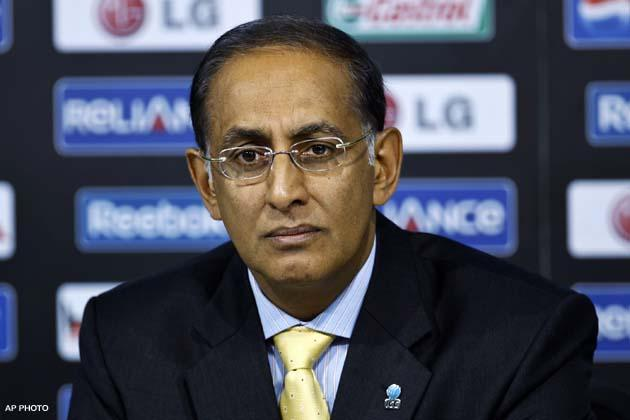 <p>Johannesburg, April 27 (Cricketnmore) The deadline for submission of ownership bid documents for franchisee teams in South Africa's new Twenty20 league will expire on Friday, the country's cricket board announced on Thursday.</p>