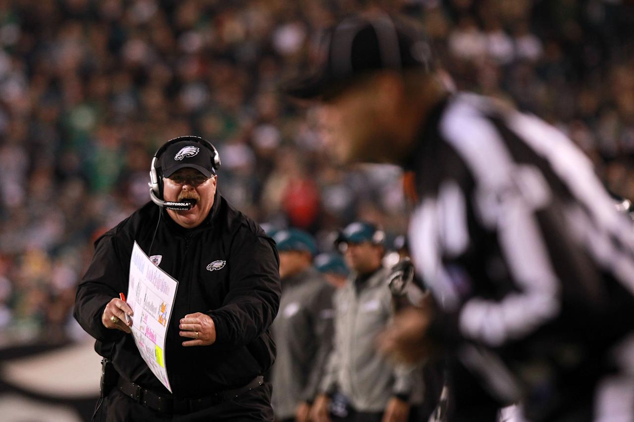 PHILADELPHIA, PA - NOVEMBER 07:  Head coach Andy Reid of the Philadelphia Eagles reacts during the second quarter of the game against the Chicago Bears at Lincoln Financial Field on November 7, 2011 in Philadelphia, Pennsylvania.  (Photo by Nick Laham/Getty Images)