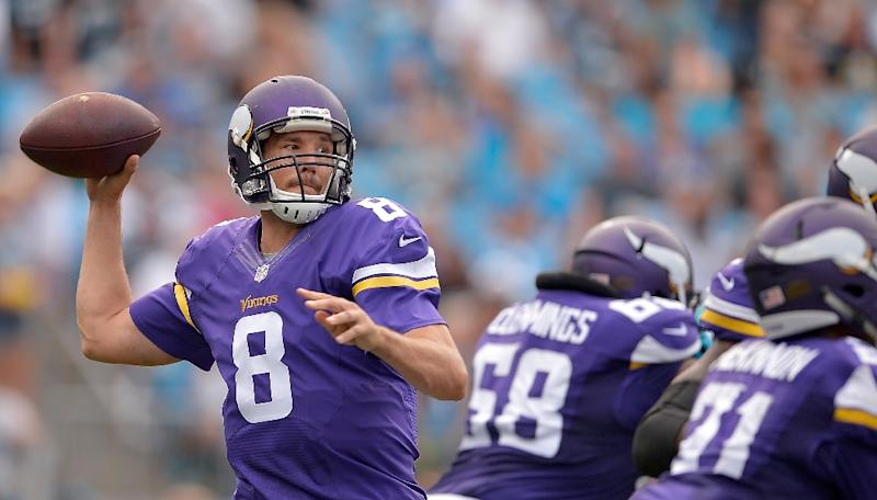 Panthers home win streak snapped by Vikings 22-10
