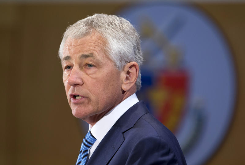 Hagel warns of deep, new spending cuts