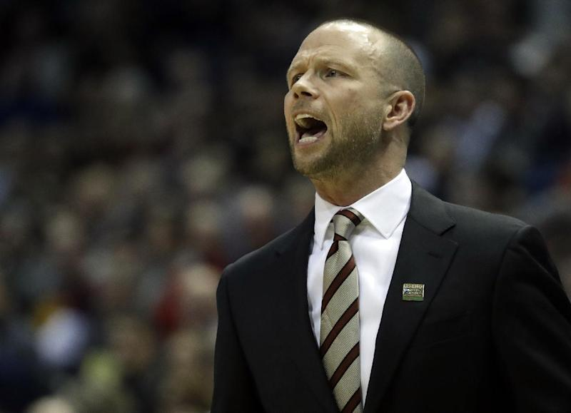 Pat Kelsey backs out as UMass coach, cites personal reasons