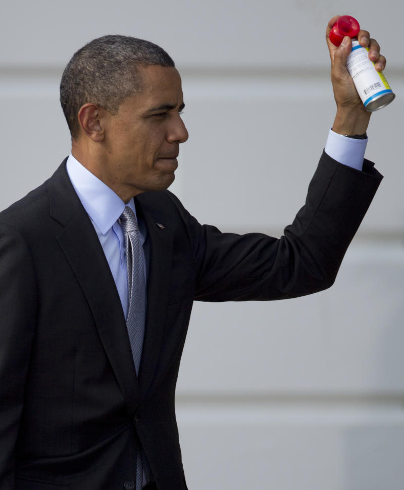Obama wooing young voters with student loan focus