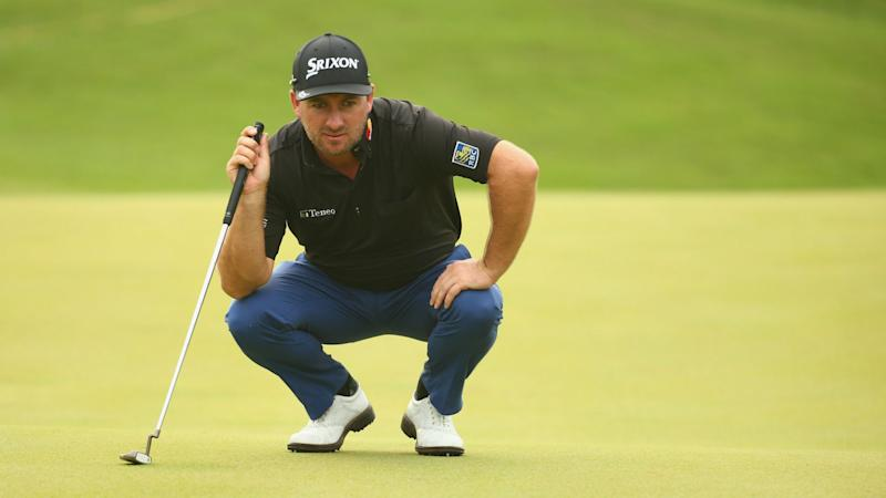 Woodland holds one-stroke lead