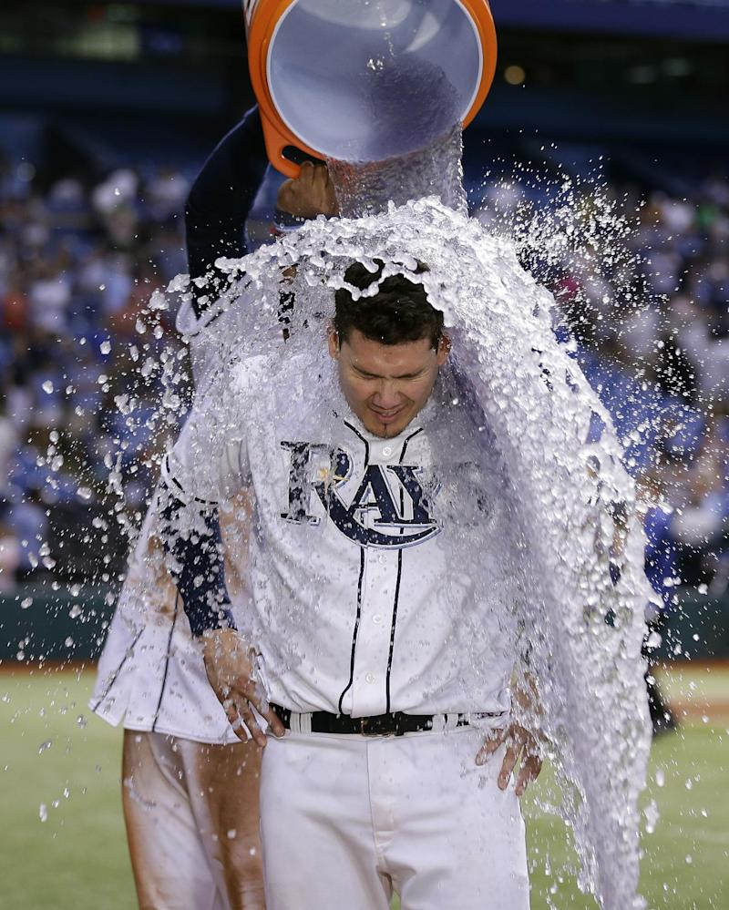 Lobaton has walk-off triple in Rays' win over Jays