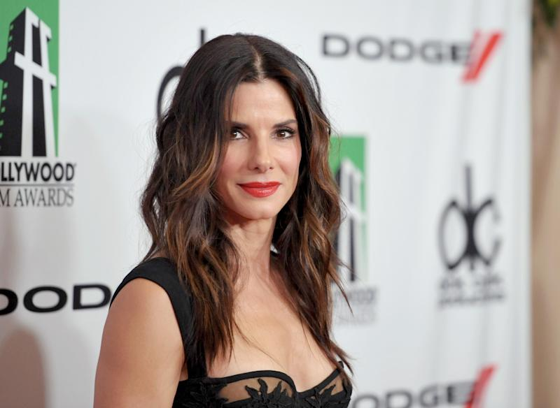 Bullock, 'Glee' poised for People's Choice Awards