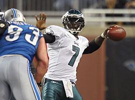 Vick hangs tough in pocket to earn redemption