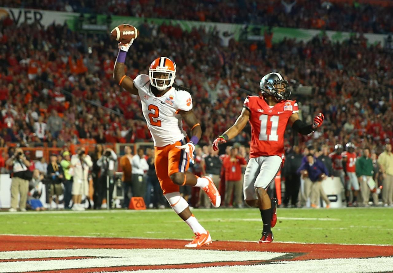 MIAMI GARDENS, FL - JANUARY 03: Sammy Watkins #2 of the Clemson Tigers celebrates after scoring a touchdown in the first quarter against Vonn Bell #11 Ohio State Buckeyes during the Discover Orange Bowl at Sun Life Stadium on January 3, 2014 in Miami Gardens, Florida. (Photo by Mike Ehrmann/Getty Images)
