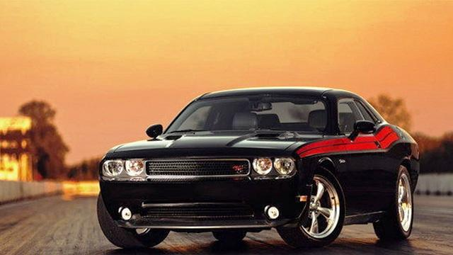"<p style=""text-align:right;""> <b><a href=""http://ca.autos.yahoo.com/dodge/challenger/2013/"" target=""_blank"">2013 Dodge Challenger 2dr Cpe R/T </a></b><br> <b>TOTAL SAVINGS $3,846</b><br> <a href=""http://www.unhaggle.com/yahoo/"" target=""_blank""><img src=""http://www.unhaggle.com/static/uploads/logo.png""></a> <a href=""http://www.unhaggle.com/dealer-cost/report/form/?year=2013&make=Dodge&model=Challenger&style_id=353816&pid=58"" target=""_blank""><img src=""http://www.unhaggle.com/static/uploads/getthisdeal.png""></a><br> </p>  <div style=""text-align:right;""> <br><b>Manufacturer Suggested Retail Price</b>: <b>$37,745</b> <br><br><a href=""http://www.unhaggle.com/Dodge-Canada/"" target=""_blank"">Dodge Canada Incentive</a>*: $2,500 <br>Unhaggle Savings: $1,346 <br><b>Total Savings: $3,846</b> <br><br>Mandatory Fees (Freight, Govt. Fees): $1,830 <br><b>Total Before Tax: $35,729</b> </div> <br> <p style=""text-align:right;font-size:85%;color:#777;""><em>Published July 8, 2013</em></p> <br><p style=""font-size:85%;color:#777;""> * Manufacturer incentive displayed is for cash purchases and may differ if leasing or financing. For more information on purchasing any of these vehicles or others, please visit <a href=""http://www.unhaggle.com"" target=""_blank"">Unhaggle.com</a>. While data is accurate at time of publication, pricing and incentives may be updated or discontinued by individual dealers or manufacturers at any time. Vehicle availability is also subject to change based on market conditions. Unhaggle Savings is a proprietary estimate of expected discount in addition to manufacturer incentive based on actual savings by Unhaggle customers </p>"
