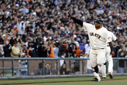Sandoval's two-run homer leads Giants past Padres