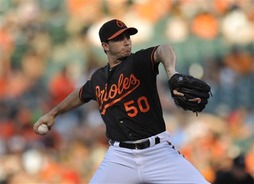 Dickerson homer gives Orioles 7-5 win over Tigers