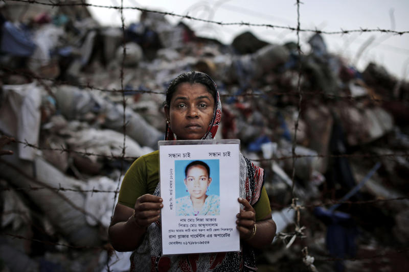 AP PHOTOS: Relatives search for Bangladesh missing