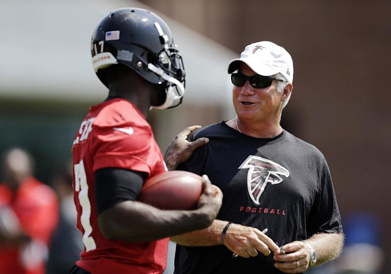 Smith sets 'bigger and stronger' edict for Falcons