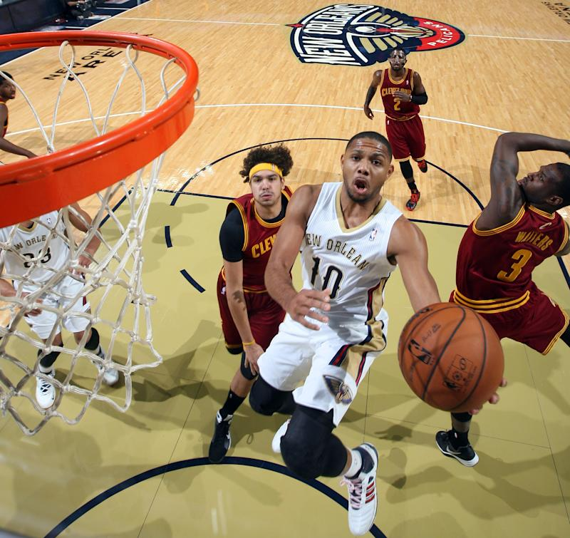 Davis, Pelicans rally to beat Cavaliers 104-100