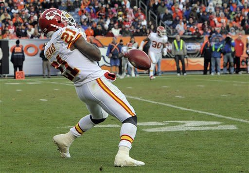 Tebow, Broncos in playoffs despite 7-3 loss to KC
