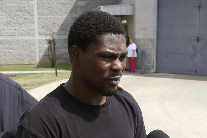 Boxer Jermain Taylor out on bond after shooting