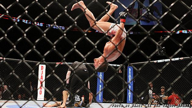 Daron Cruickshank celebrates after knocking out Henry Martinez at UFC on Fox 5. (Credit: Tracy Lee for Yahoo! Sports)
