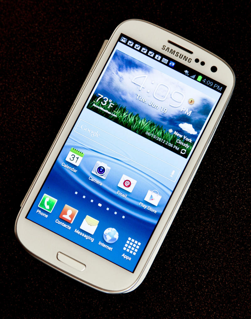 Researcher says flaw in Android creates phone risk